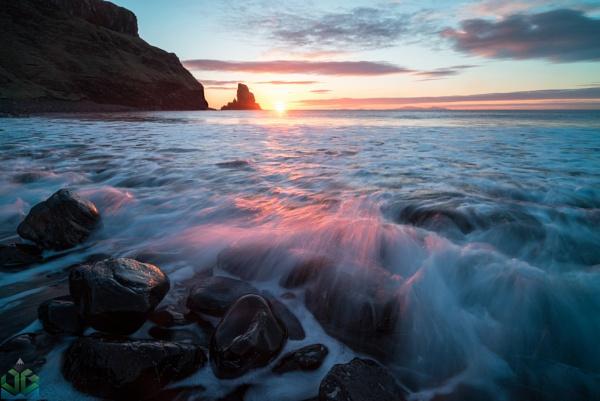 Talisker Bay Sunset by jamesgrant
