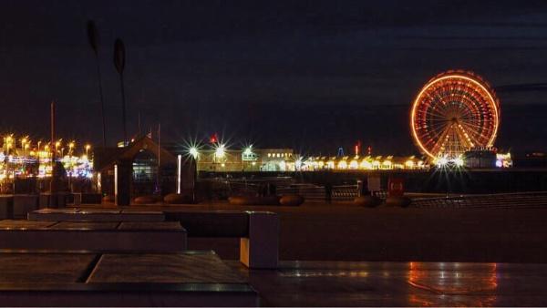 Blackpool by victorburnside