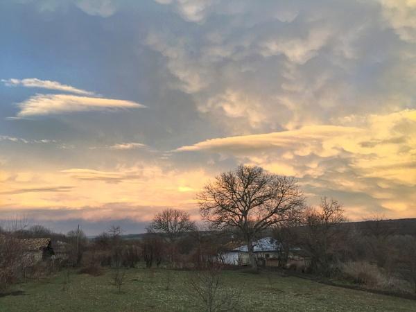 Dusk sky 2 by jocas