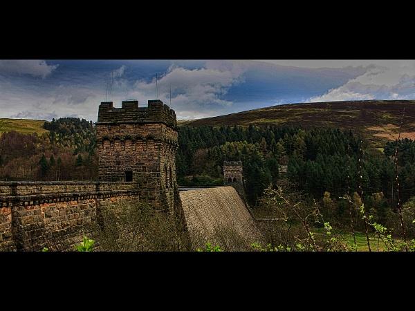 Derwent Dam by Double66
