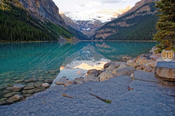 Lake Louise by 98Yetiiis