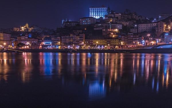 Porto Night by bitterr_sweett