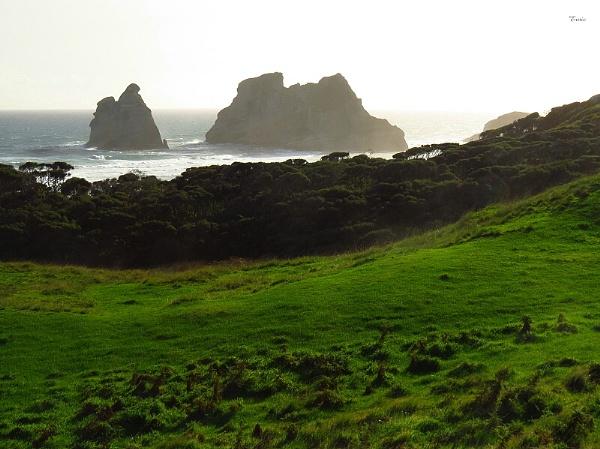 Archway Islands 3 by DevilsAdvocate