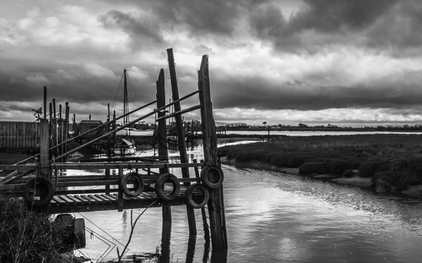 Skipool Creek Boat Jetty by nstewart