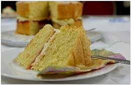 Photo : Anyone for Cake?