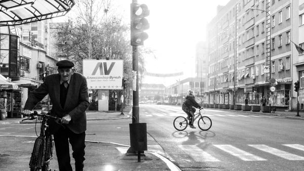 Urban Scene LXXXIX by MileJanjic