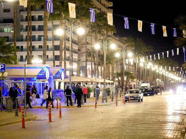 Larnaca by Savvas511