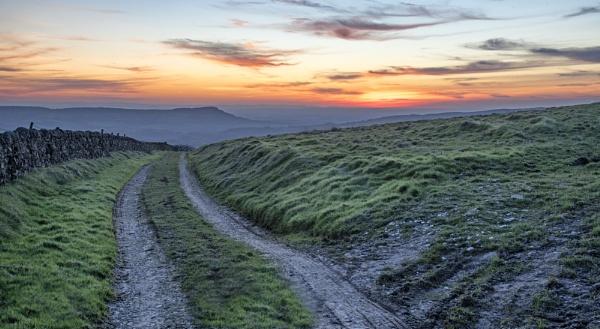 The track to the setting sun by Gavin_Duxbury