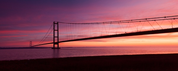 Humber Bridge Sunrise by lee beel
