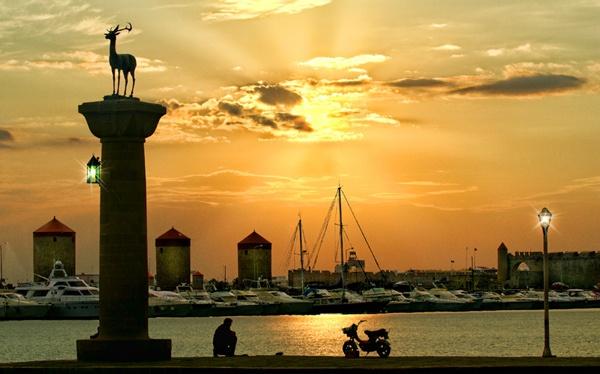 Rhodes Sunrise by PatriciaWilson