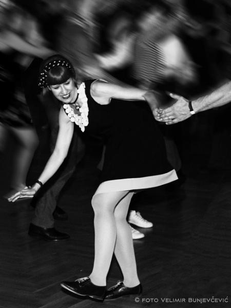 Let\'s dance Swing by Velja
