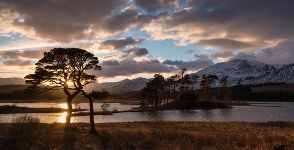 Loch Tulla by PaulHolloway