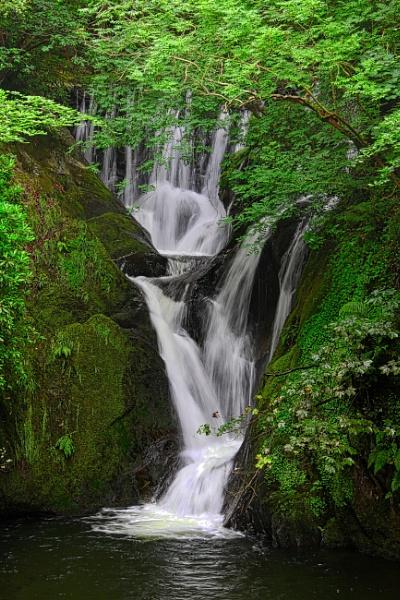 Flint Falls by altosaxman