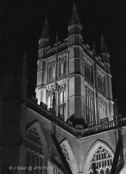 Bath Abbey floodlit by SkySkape