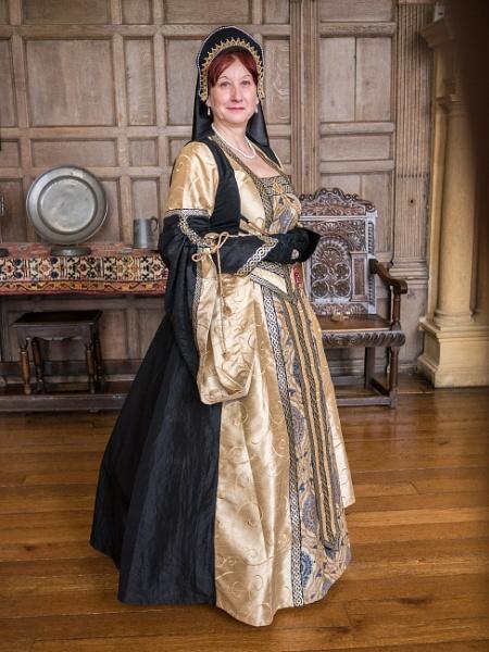 Elizabethan Lady by bwlchmawr