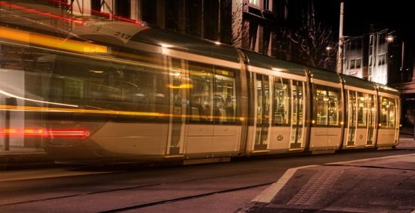 Night Tram by ziggy