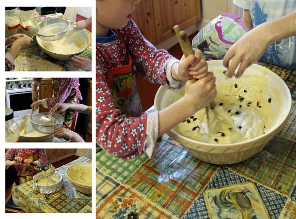 Making Fruitcake by helenlinda