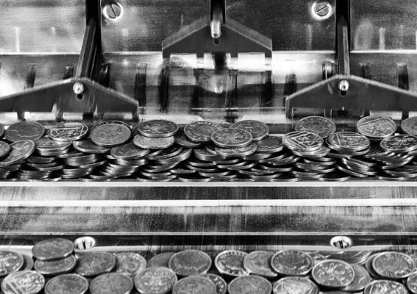 Shove Penny by iancrowson