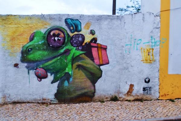 Rotting walls... by Chinga