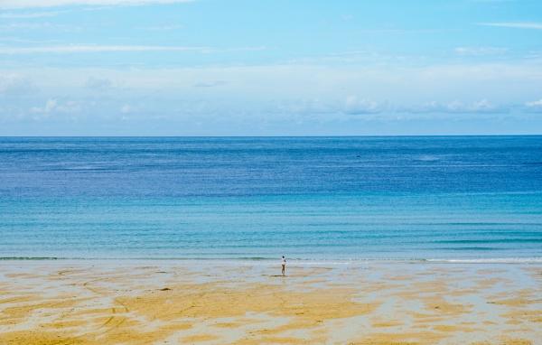 Beach in Cornwall by NathalieM