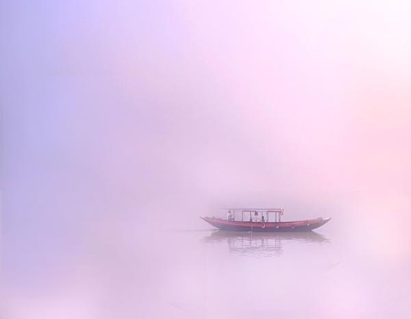 Lost in beauty by kingmukherjee