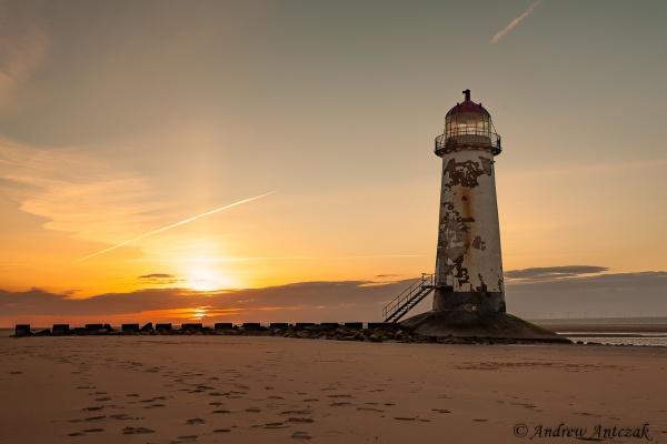 Lighthouse by antek76