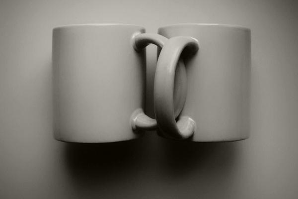 mug hug by leo_nid