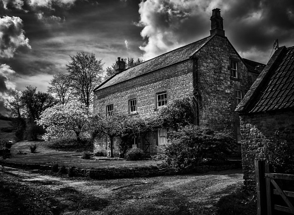 The old Farm house by Pricey