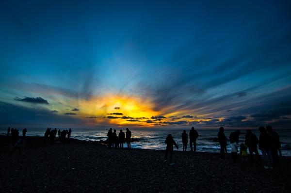 Waiting for the final Sundown by MisterPer
