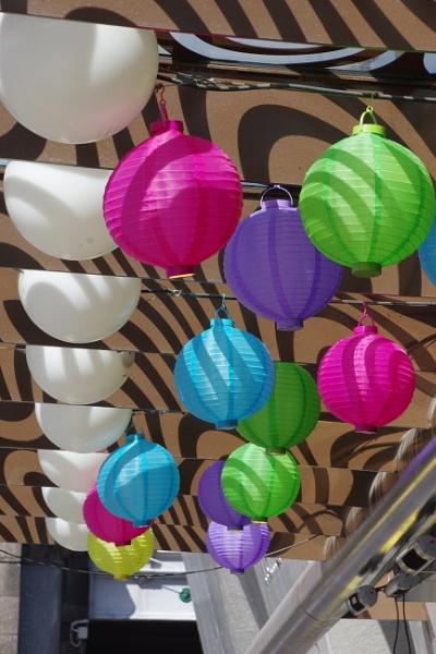Bright  Lanterns by Friendlyguy