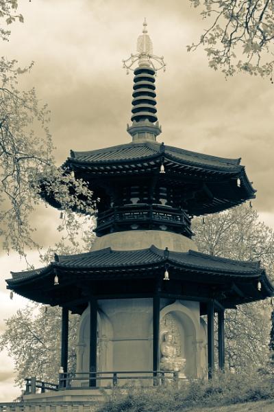 Battersea Park by tf
