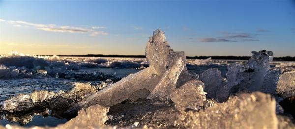 Ice break up by djh698