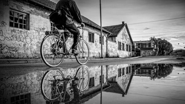 Urban Scene CXV by MileJanjic