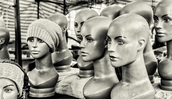 HEADS by mogobiker