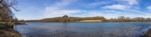 River Hamble by grahammooreuk