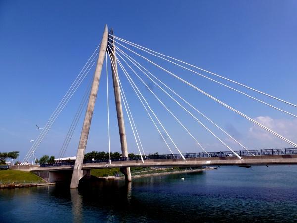 Marine Way Bridge at Southport, Merseyside by Don20