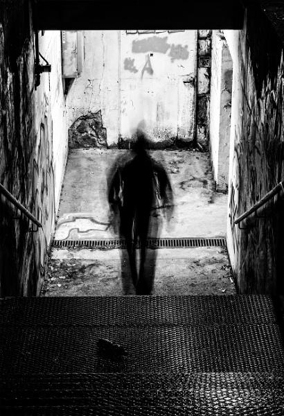 Walking man 2 : The Motion (Biella, Italy) by maxrastello