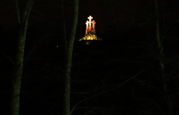 Vilnius, Three Crosses at night by SauliusR
