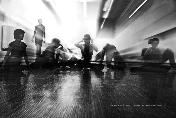 zoooom .... by Velja