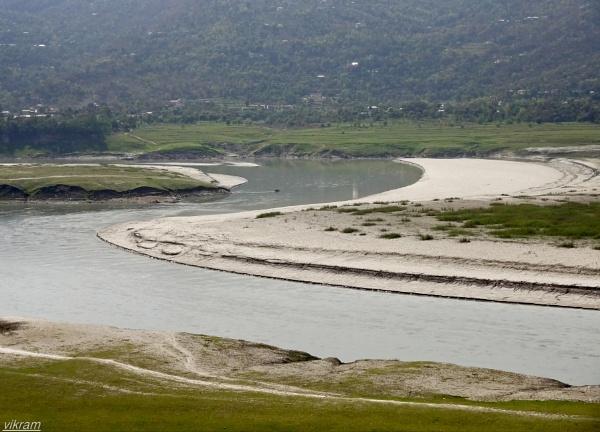 Govind sagar lake Bilaspur [India] by Bantu
