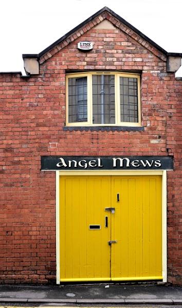 Angel Mews by uktruckie