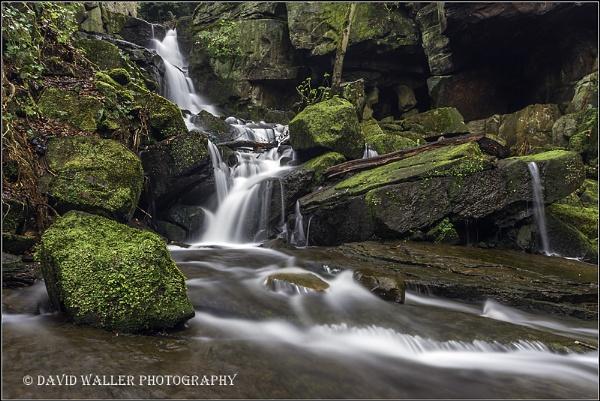 Lumdale Falls by Dwaller