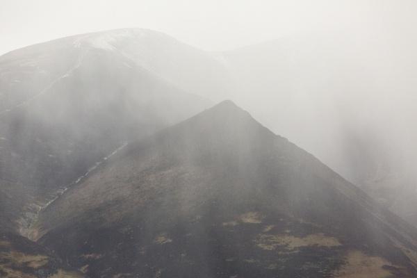Snowfall Skiddaw by rontear
