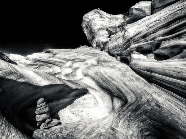 Desert Darkness by mlseawell