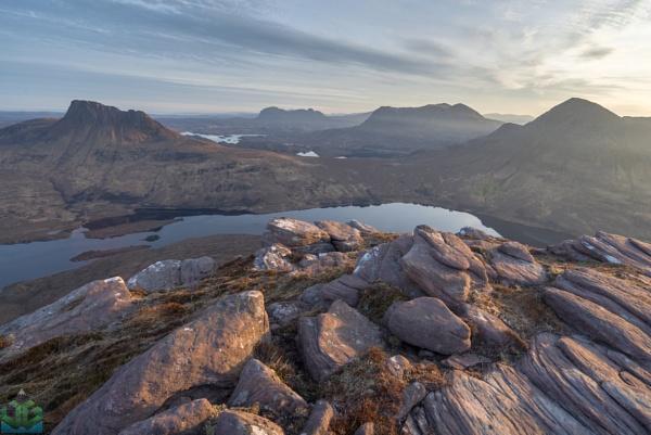 Sgorr Tuath Summit Sunrise by jamesgrant