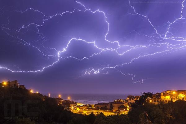 Brain storming by Skylight99