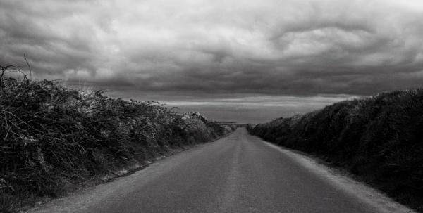 Long road by Madoldie