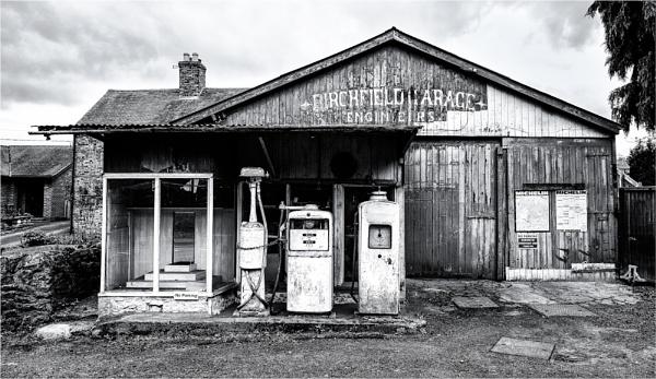 Birchfield Garage by sherlob