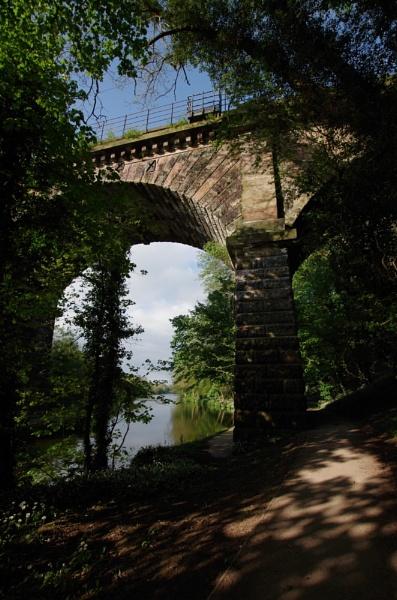 Vale Royal Railway Viaduct by Kako