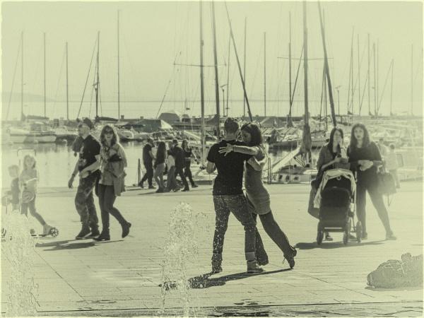 Dancing in the Street by Kurt42